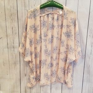 NWOT BARELY WORN Forever 21 Pink Floral Kimono M!